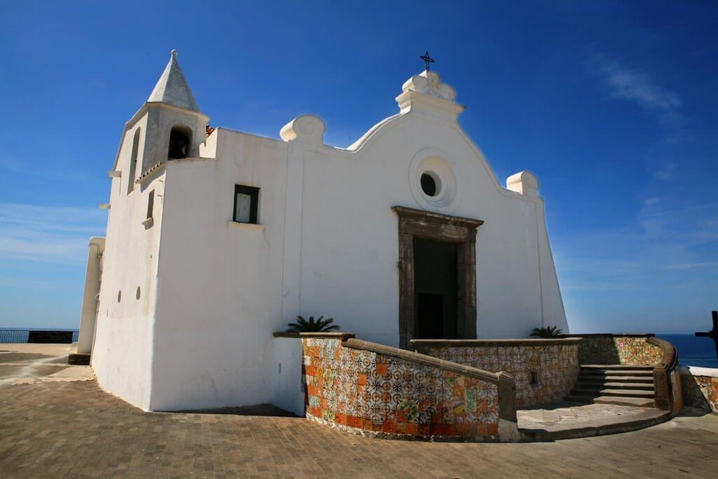 ischia chiesa del soccorso