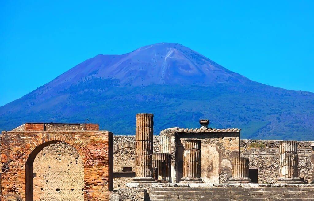 Visitare le rovine di Pompei ed Ercolano