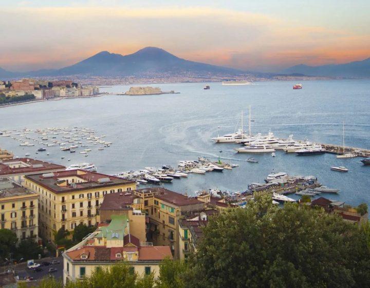 Boat and Breakfast a Napoli, la soluzione per visitare la città